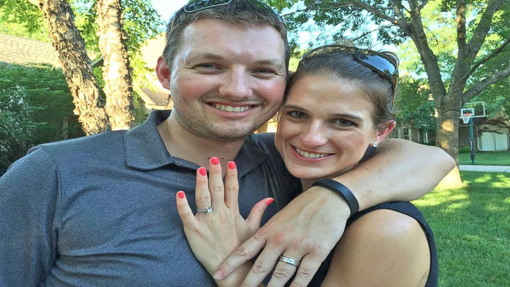 Couples Lost Wedding Ring Returned From Hawaii Thanks To Coordinates Inscribed In Band