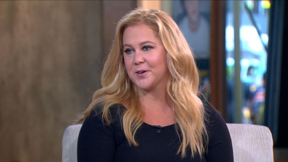 Amy schumer talks 39 the girl with the lower back tattoo for Amy schumer tattoo