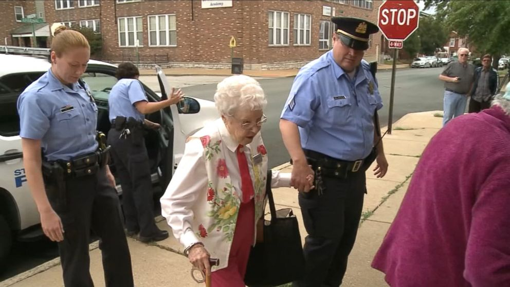 VIDEO: Edie Simms, 102, fulfilled her bucket list wish to ride in the back of a police car, thanks to the St. Louis Police Department in Missouri.
