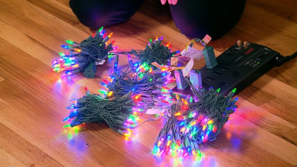 Family\'s massive Christmas lights display courts controversy Video ...