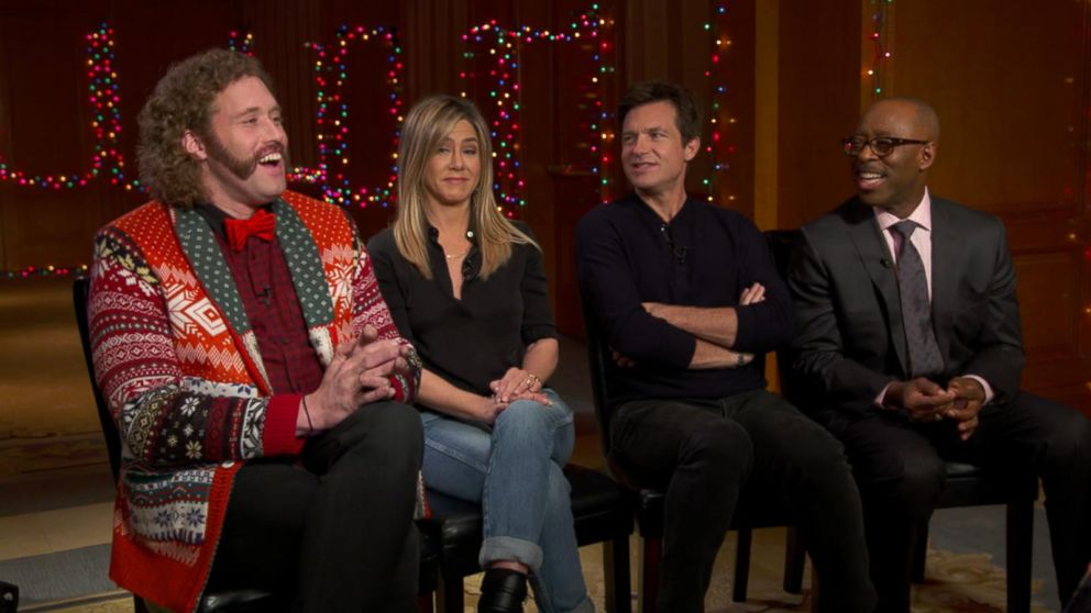 Office Christmas Party.Jennifer Aniston Jason Bateman And More Discuss Office