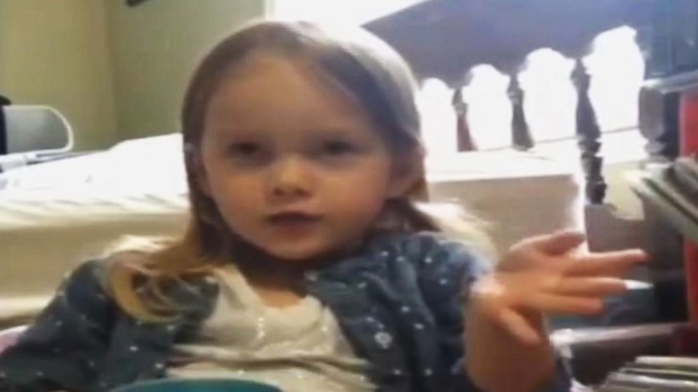 Incredible Meet The 7 Year Old Girl Whos Cracking Up The Internet One Unemploymentrelief Wooden Chair Designs For Living Room Unemploymentrelieforg