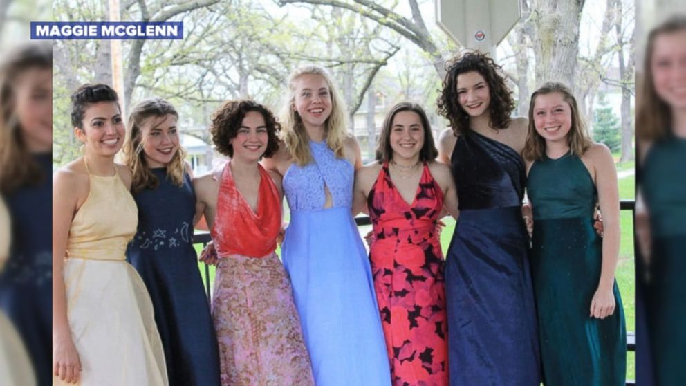 465d5eb040d3 Wisconsin high school junior makes prom dresses for 6 of her friends ...