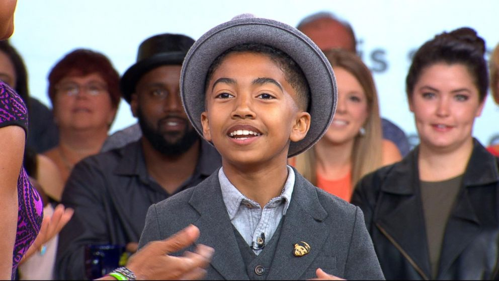 Kid correspondent Miles Brown takes over the NBA Awards red carpet