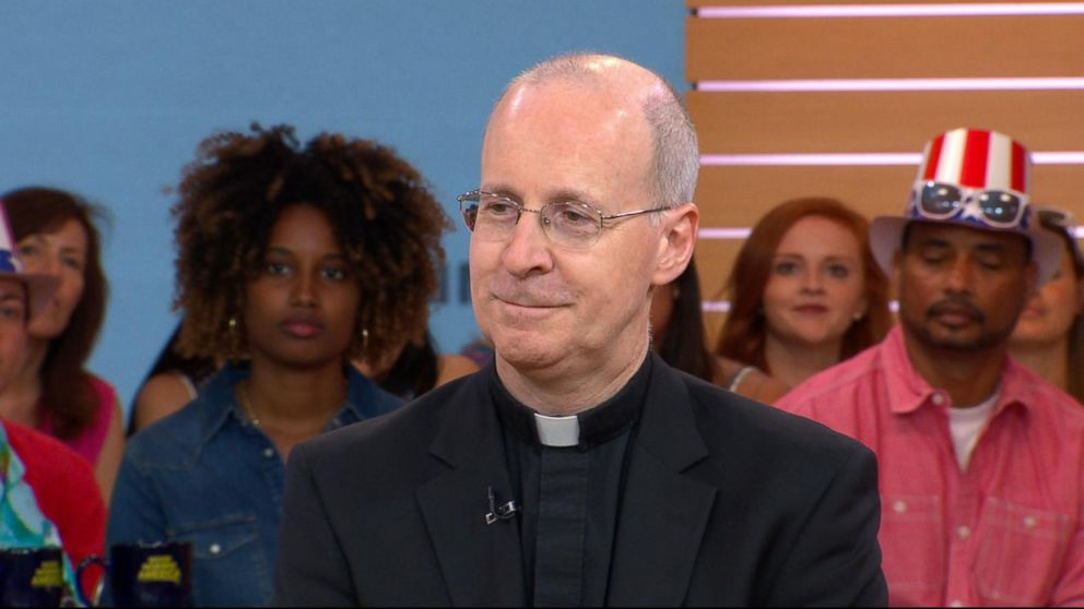 Catholic priest calls for compassion for LGBT community
