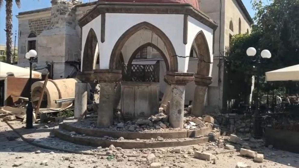 Deadly earthquake hits Greece, Turkey