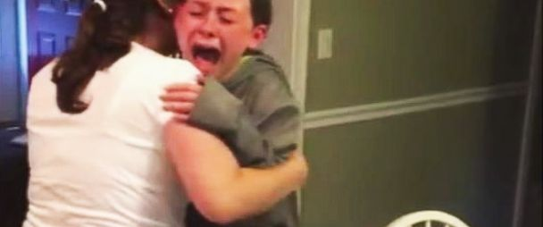 VIDEO: Little girl sobs with joy after discovering her mom is pregnant