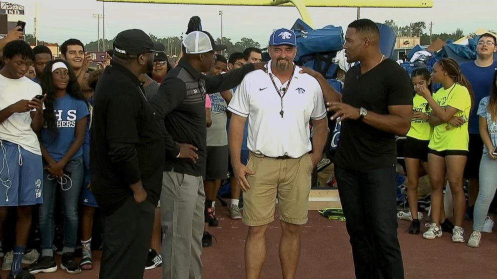 75060edc30 Football team gets surprise gift from Michael Strahan, Deion Sanders ...