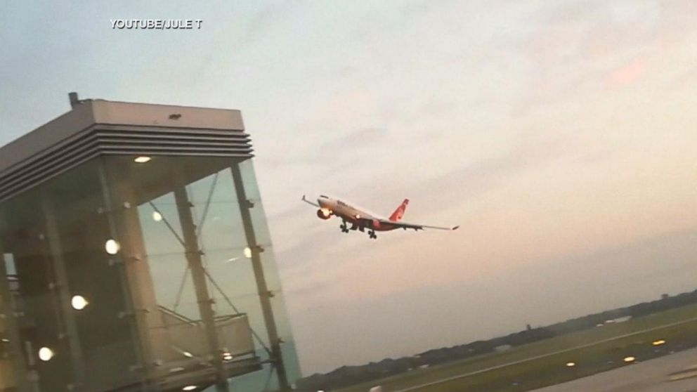 Pilots suspended after mid-air stunt with 200 passengers
