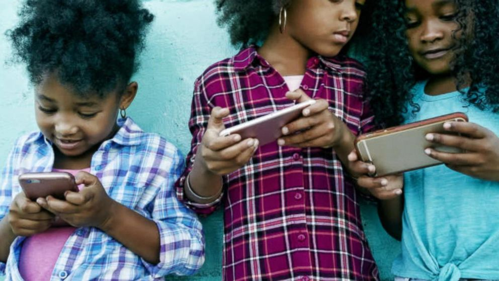 "should parents give their children mobile As more and more parents are giving their children mobile phones  talking point: should children have ""parents do give their children mobiles to ensure."