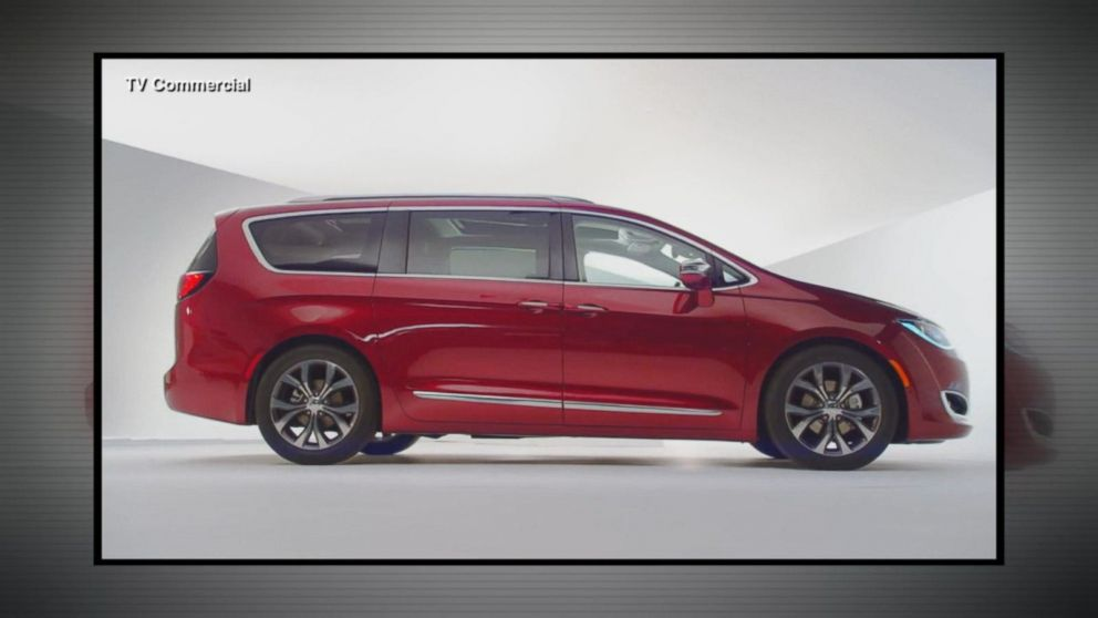 Consumer Advocacy Group Calls For Recall Of Best Ing Chrysler Pacifica Minivan Amid Complaints Stalling Abc News
