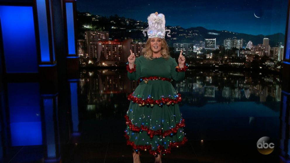 Jimmy Kimmel Christmas.Melissa Mccarthy Gets In The Holiday Spirit As Guest Host On Jimmy Kimmel Live