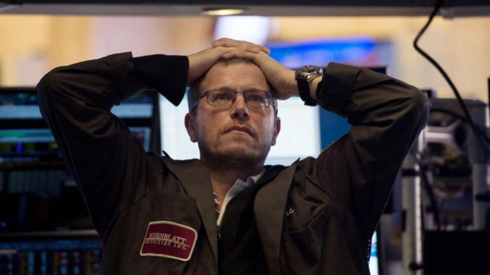 Dow plunges more than 1,100, largest single-day point drop