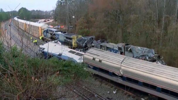 Chaotic 911 calls released from deadly train accident
