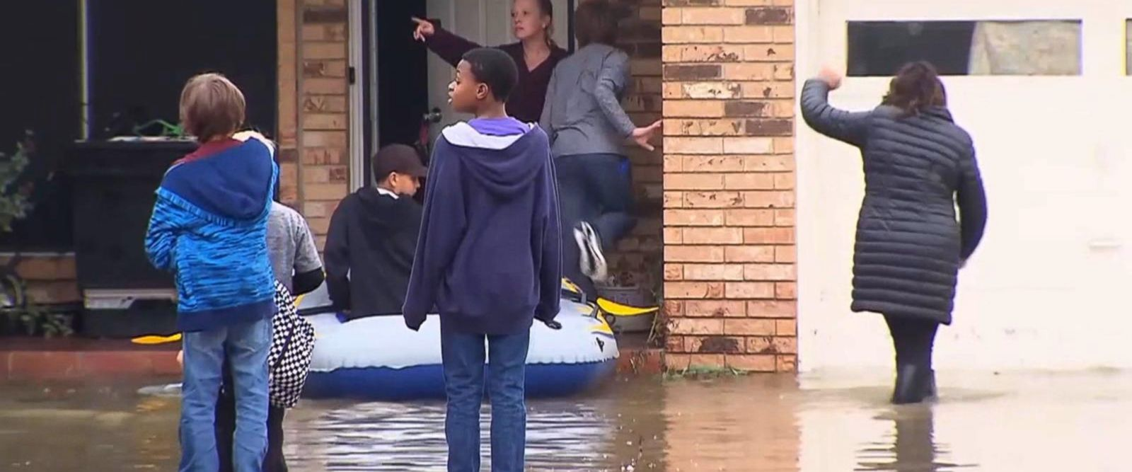VIDEO: States of emergency declared as Midwest battles severe flash floods