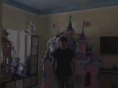 VIDEO: Dad who recreated Disney fireworks for daughters room explains how