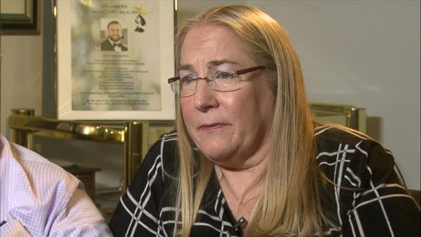 Mom of slain DNC staffer wants those who 'started the lies' to be 'held accountable'