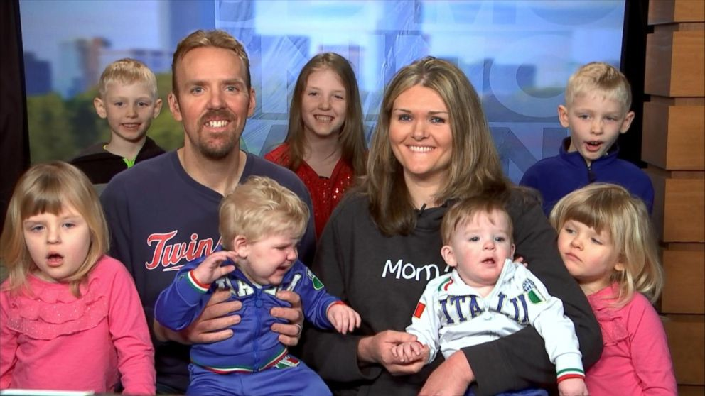 Couple who struggled with fertility has 7 children after winning an IVF  raffle