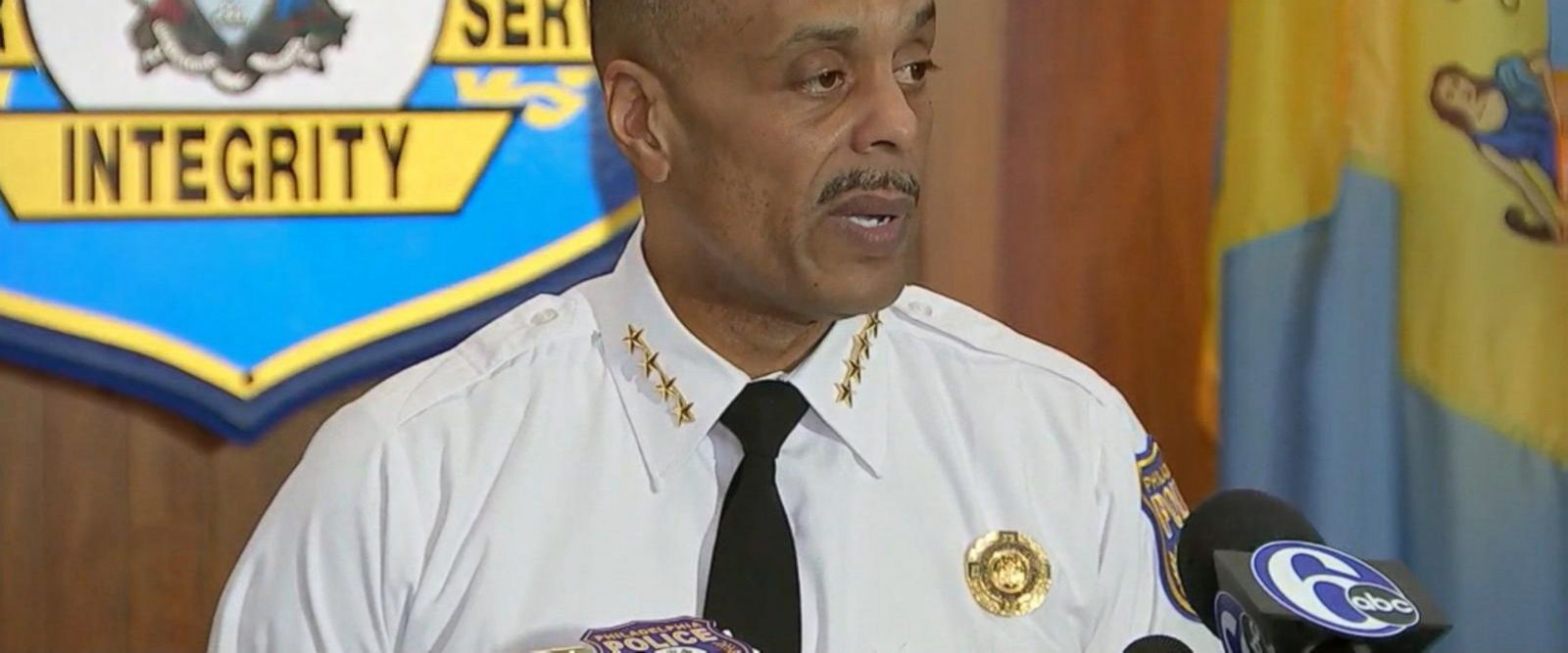 VIDEO: Police commissioner apologizes to men arrested at Starbucks