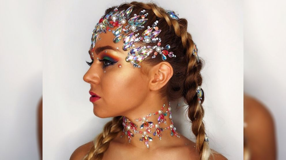 VIDEO: Bejeweled hair is Instagram's newest sparkly trend