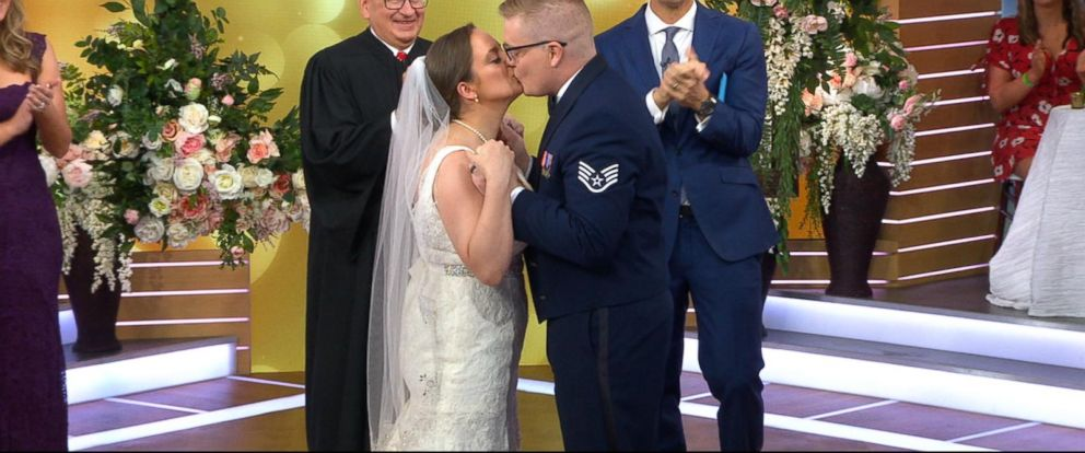 VIDEO: DIY-loving couple says I do live on GMA