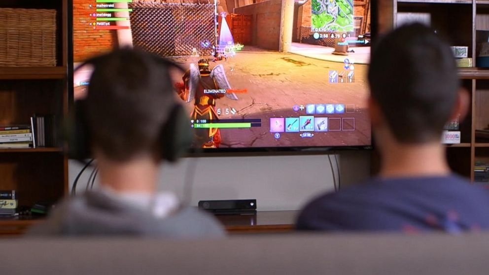 Playing video games too much might lead to a real problem, World Health  Organization says - ABC News
