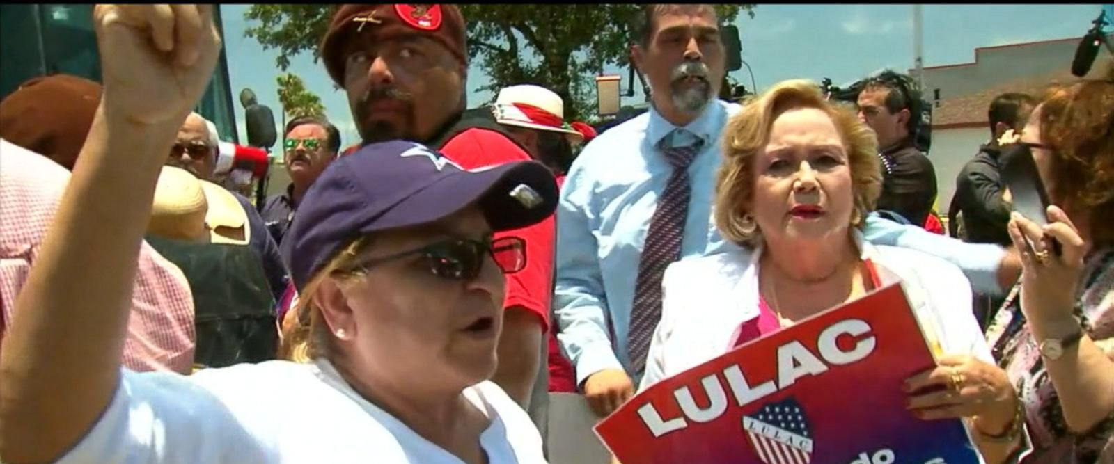 VIDEO: Protests at the border are growing in Texas