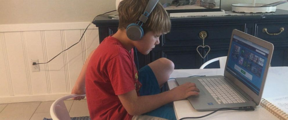 VIDEO: What happens when you give your kids unlimited screen time?