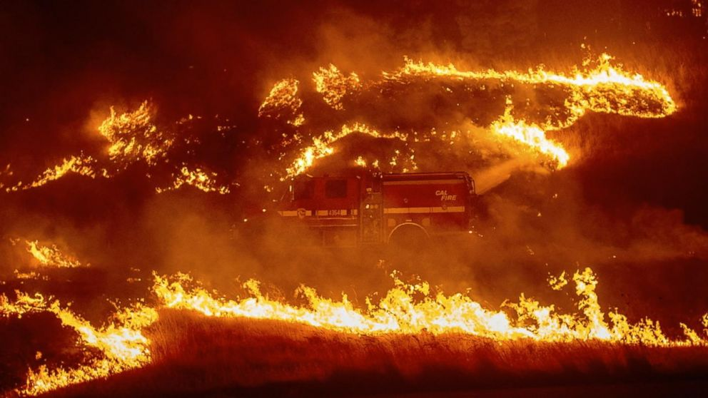 Delta Fire among 3 large wildfires burning in Northern California; flooding continues in Midwest