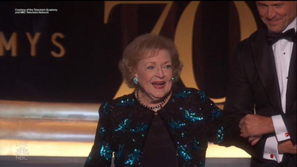 Betty White gets standing ovation at 2018 Emmys
