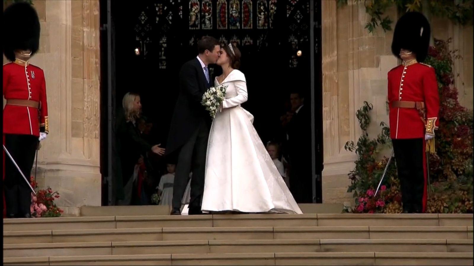 Princess Eugenie Weds Jack Brooksbank In Same Chapel Where Prince