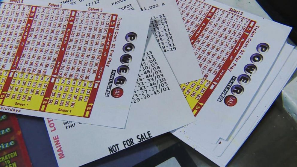 Twin Mega Millions Powerball Jackpots Total Nearly 1b Video Abc News