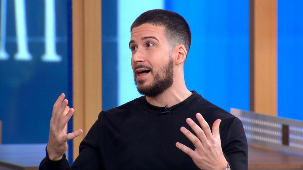 caa0949fd500 Jersey Shore  star Vinny Guadagnino cooks up keto pizza on  GMA Day ...