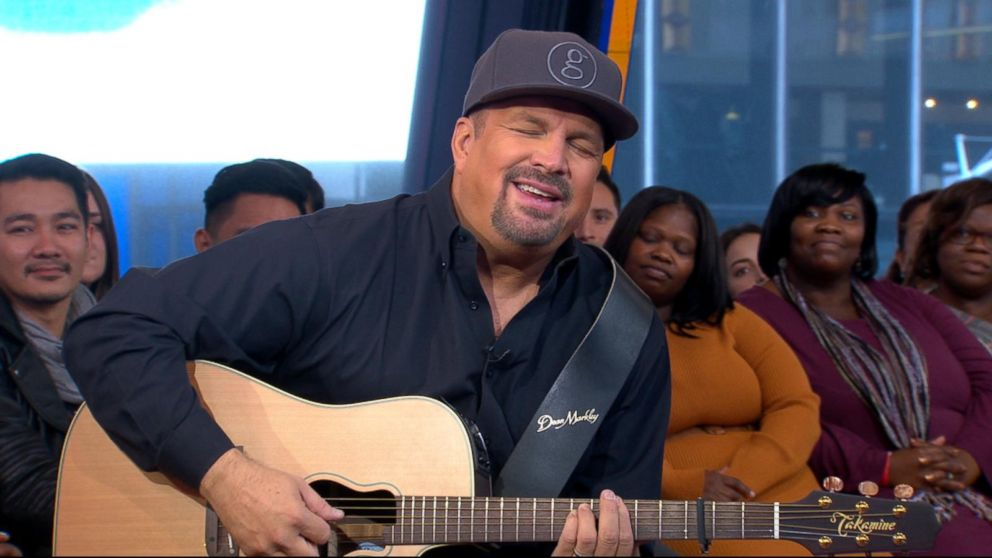 Garth Brooks 2020 Schedule Garth Brooks gets emotional while dishing on his new song