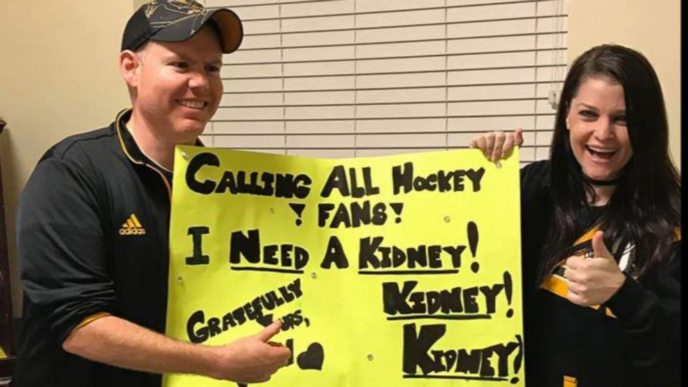 Hockey fan's homemade sign found her kidney donor