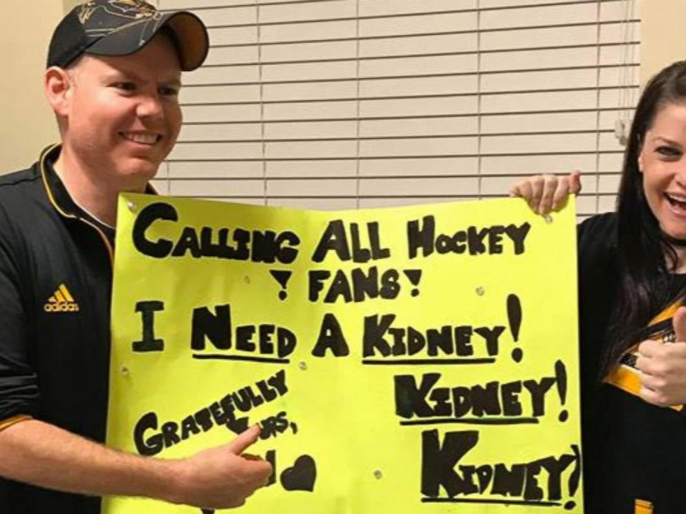 VIDEO: Hockey fans homemade sign found her kidney donor