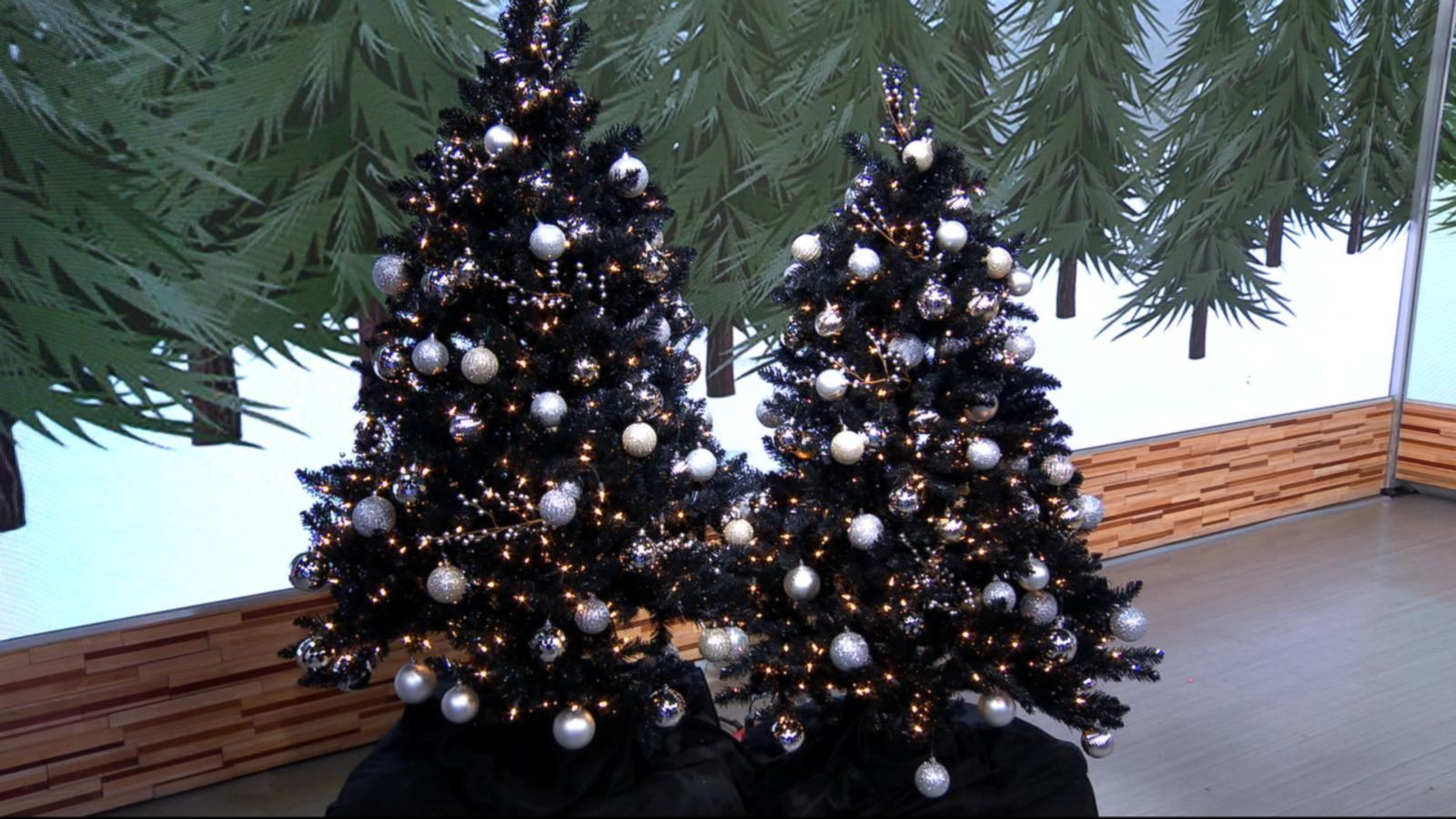 Black Christmas trees are a hot holiday decorating trend (really) - ABC News