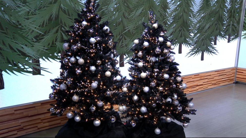 Black Christmas Ornaments.Black Christmas Trees Are A Hot Holiday Decorating Trend