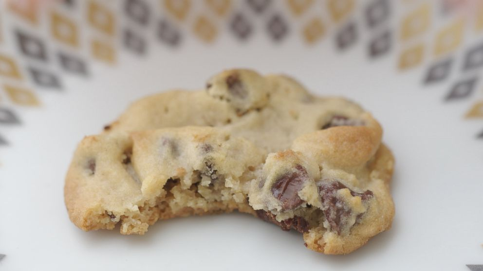 Snoop Dogg's peanut butter chocolate chip cookie recipe