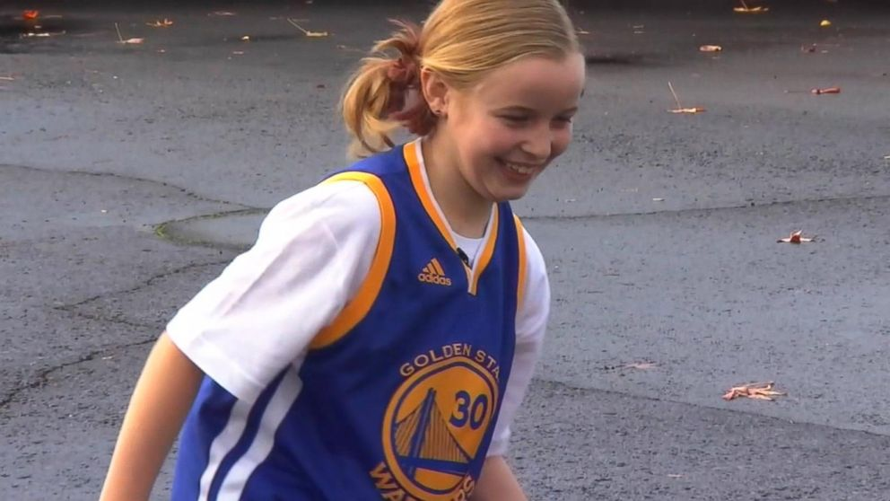 d53a8a6b445 buffering. Replay. Girl s plea leads Steph Curry to change his shoe line