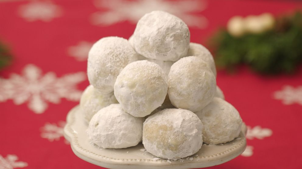 25 Days of Cookies: Make Martha Stewart Living's chai snowball cookie recipe