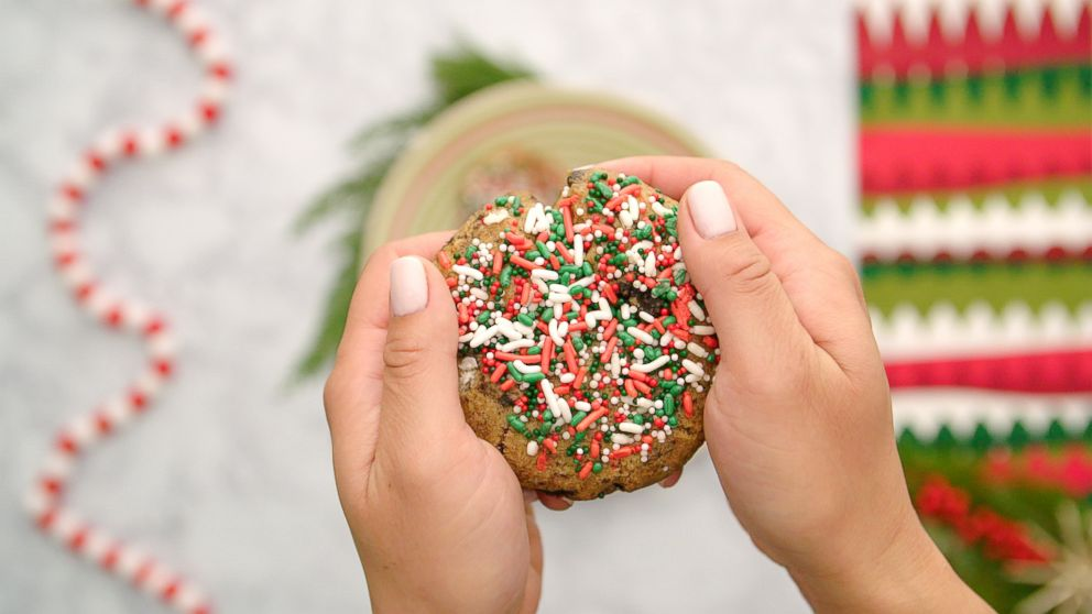 25 Days of Cookies: Make it merry with these Oreo birthday cake cookies covered in Christmas sprinkles