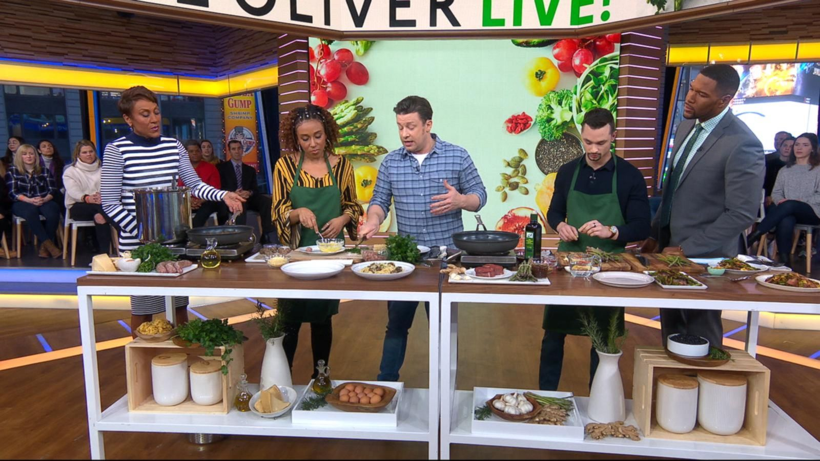 Jamie Oliver shares weeknight dinner recipes with just 5 ingredients