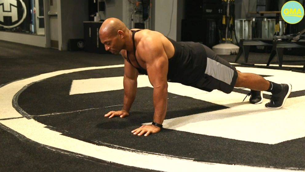VIDEO: Here's your at-home workout to get vacation ready