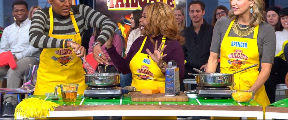 VIDEO: The GMA anchors ho head-to-head in a Super Bowl cook-off!