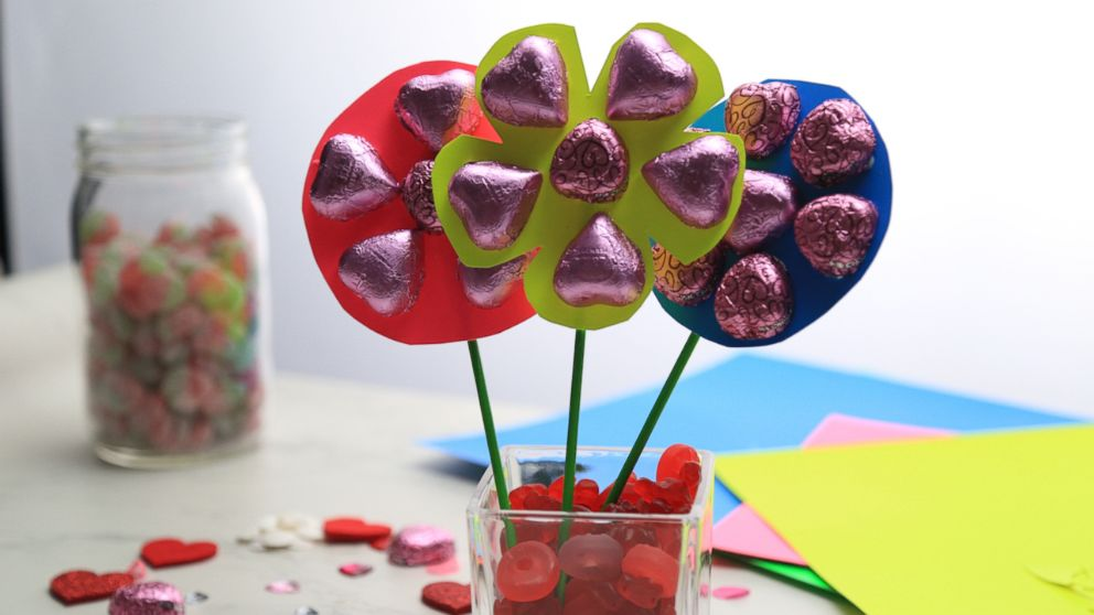 This Diy Candy Bouquet Is The Perfect Valentine S Day Gift For Your Sweetie