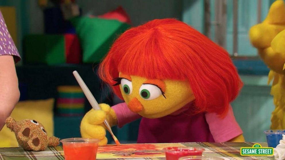 VIDEO: Sesame Street debuts new muppets: Julias family