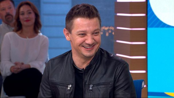 'Avengers' Jeremy Renner talks teaching his daughter Hawkeye's skills