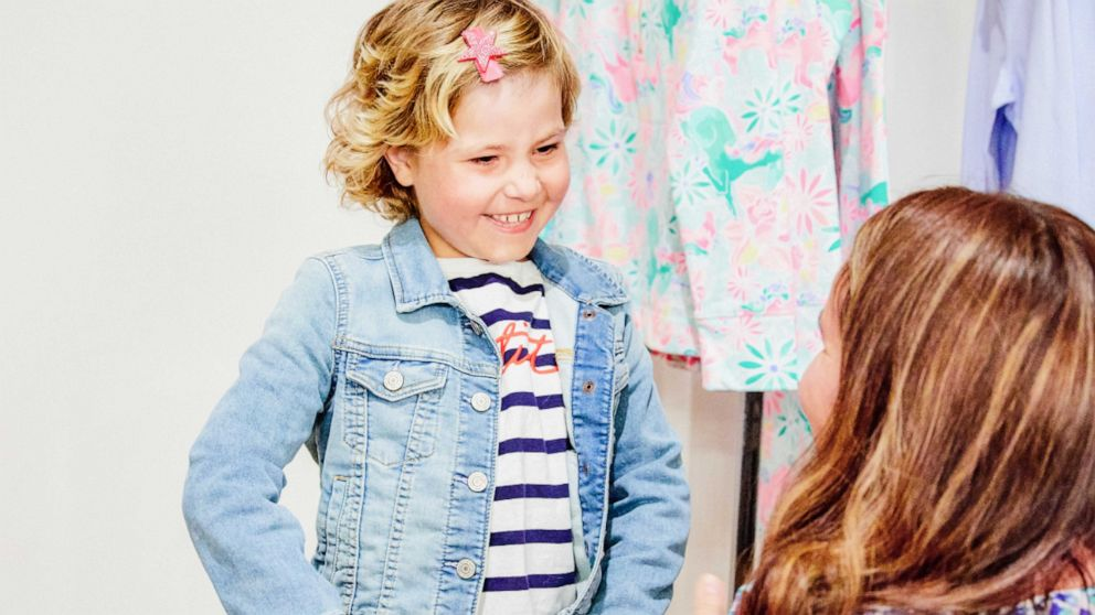 Girl creates special Lilly Pulitzer print to benefit children's cancer research