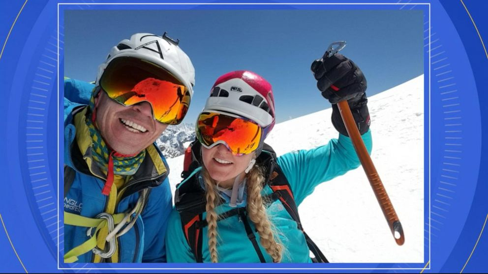 Kami Rita Sherpa keeps breaking his own Everest summit record
